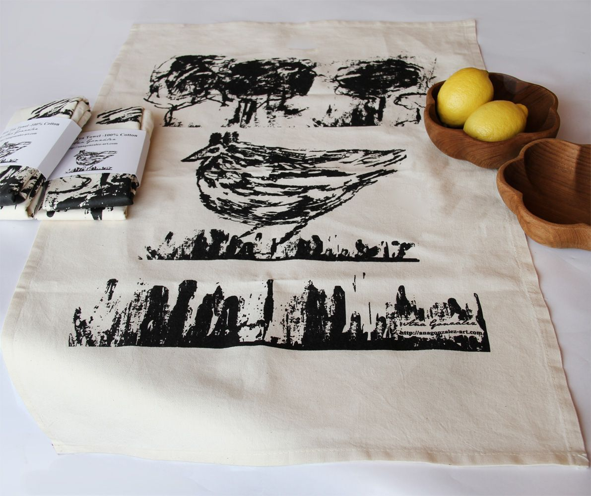 Tea towel hen